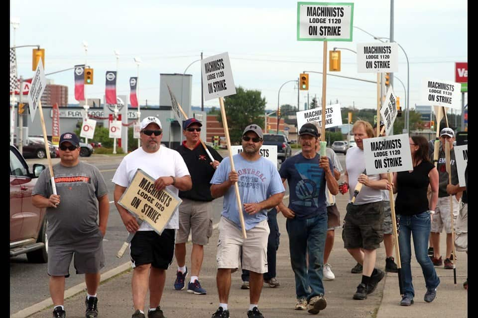 Ontario Auto Mechanics' Strike Ends After 16 Days