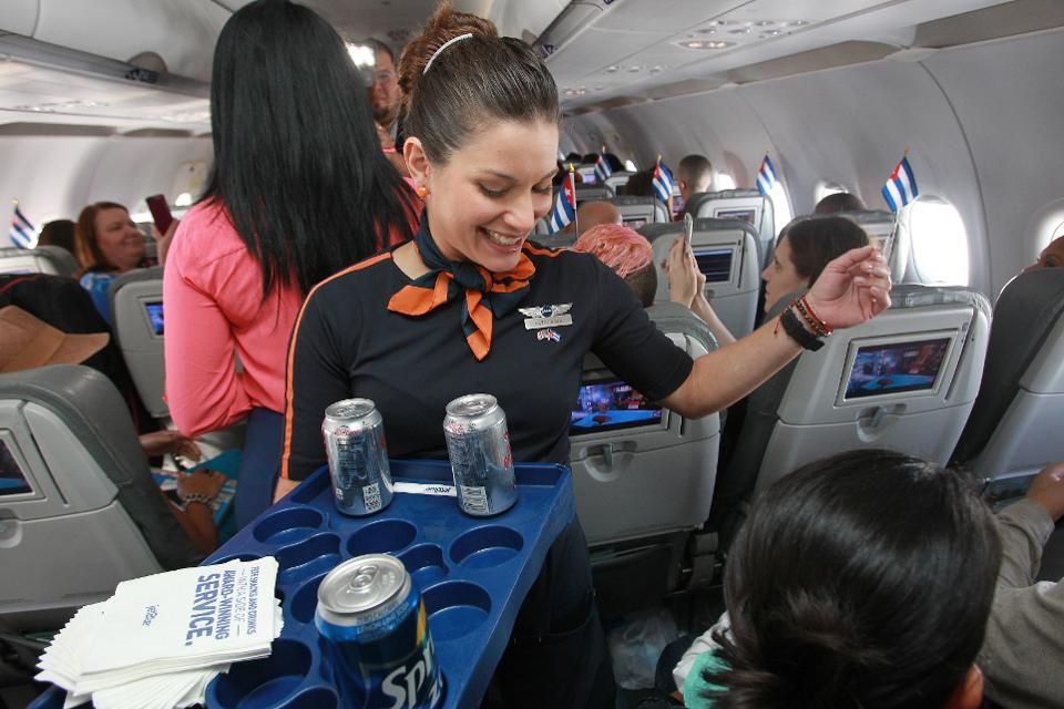 After 9-Year Campaign, JetBlue Flight Attendants Voting on Union