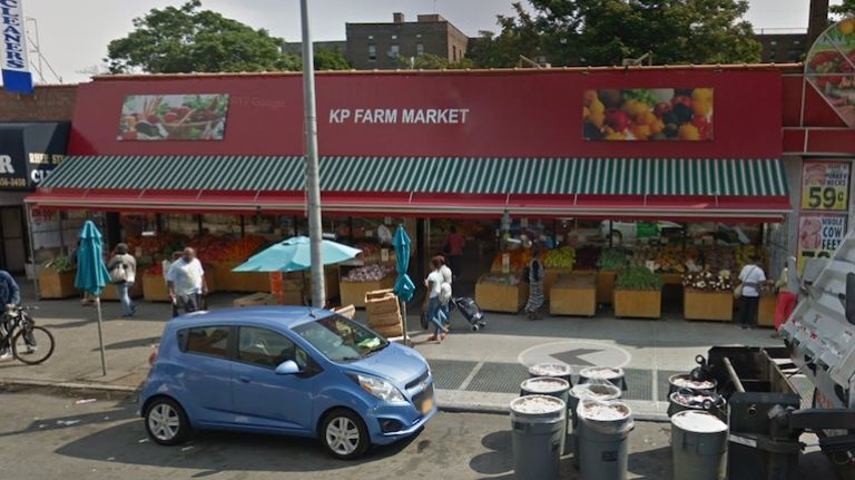 Supermarket's Illegal Hoist System Kills Worker