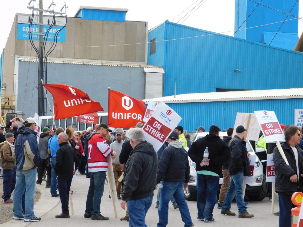 Ontario Salt-Mine Workers Strike Against Mandatory Overtime
