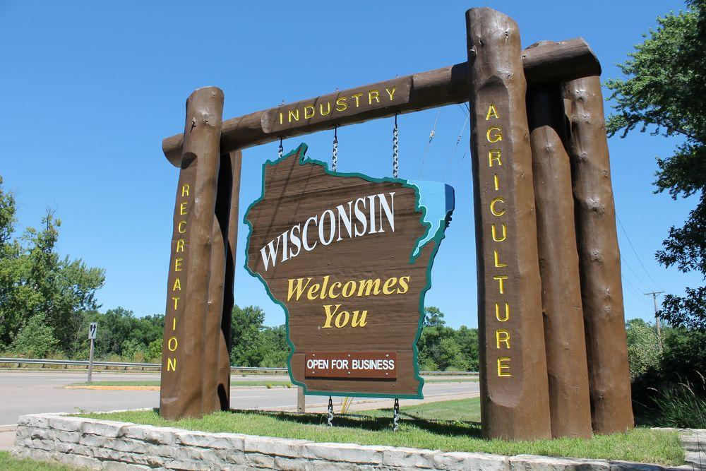 Study: Minnesota's Economy Far Outpaced Wisconsin's in Walker Era