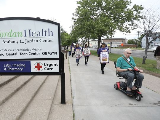 Rochester Mayor Urges Hospital to End Strike
