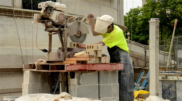 Contractor Steals Wages from Construction Workers