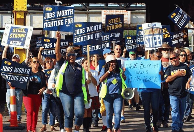 Steelworkers, U.S. Steel, Reach Tentative Deal for 14% Raise