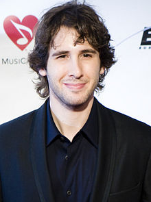 AFM Urges Josh Groban to Give Backup Musicians Union Deal