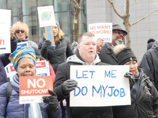 Federal Workers Blast Gov't Shutdown: 'It Makes No Sense!'