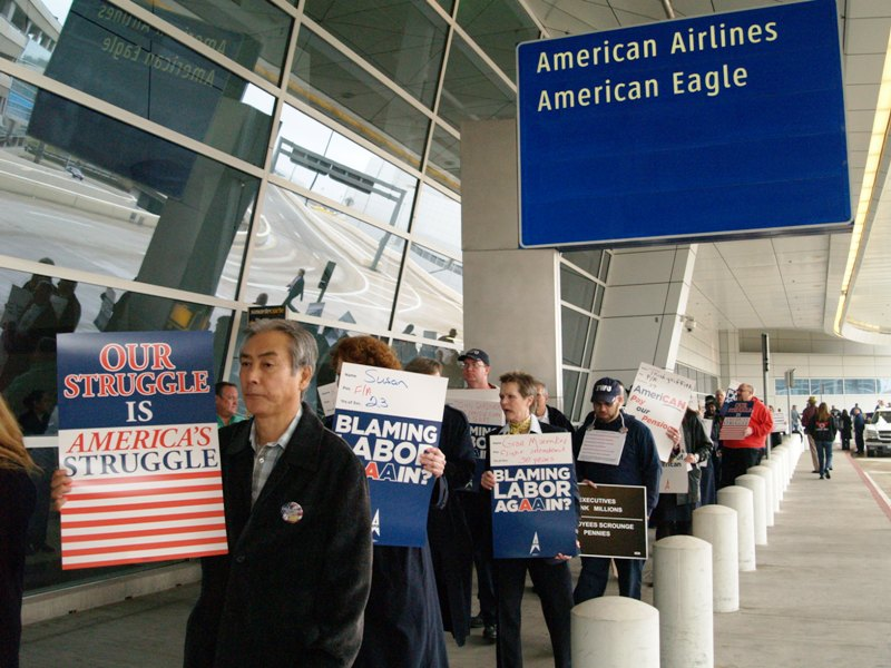 American Airlines Workers Protest Outsourcing at Charlotte Airport