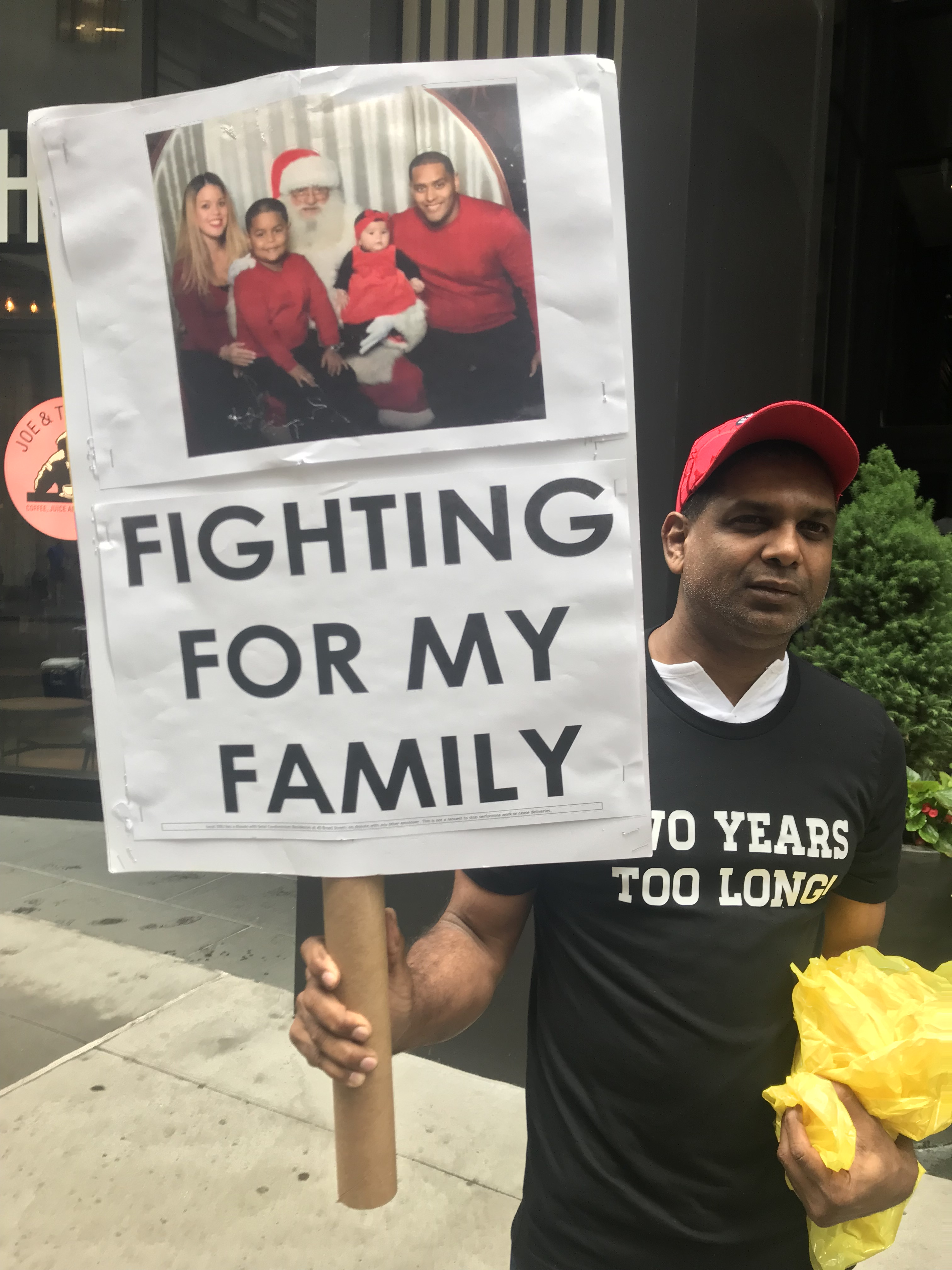 32BJ Workers Strike At Two Downtown Luxury Condos