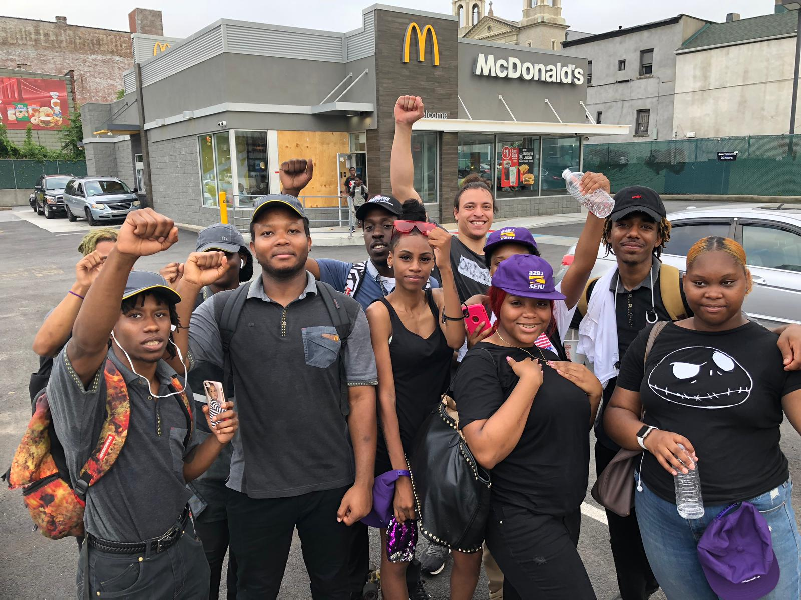 'Fast Food Workers Deserve a Voice on the Job and a Contract'