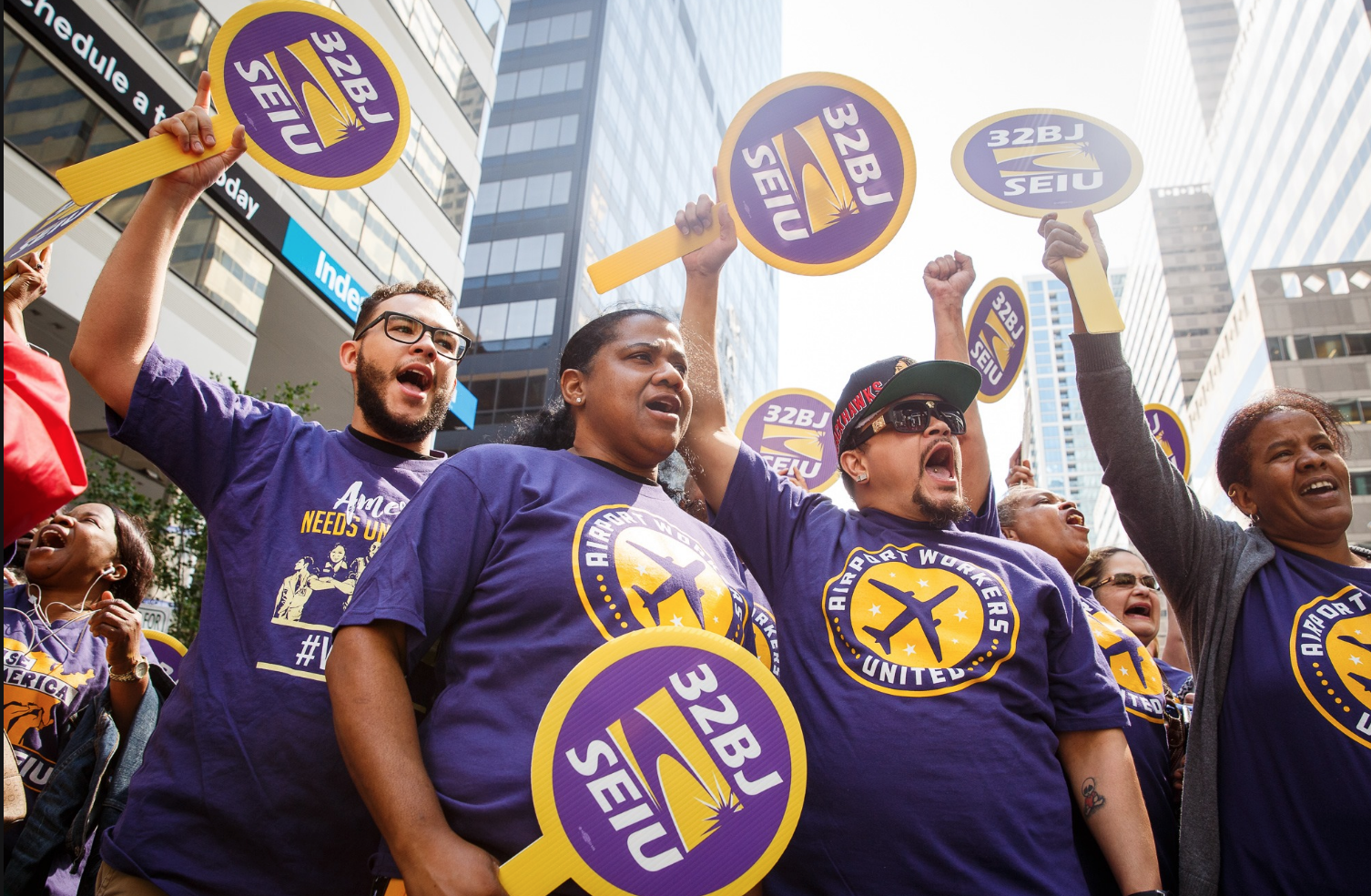 Angry JFK Workers Look to Unionize With 32BJ SEIU