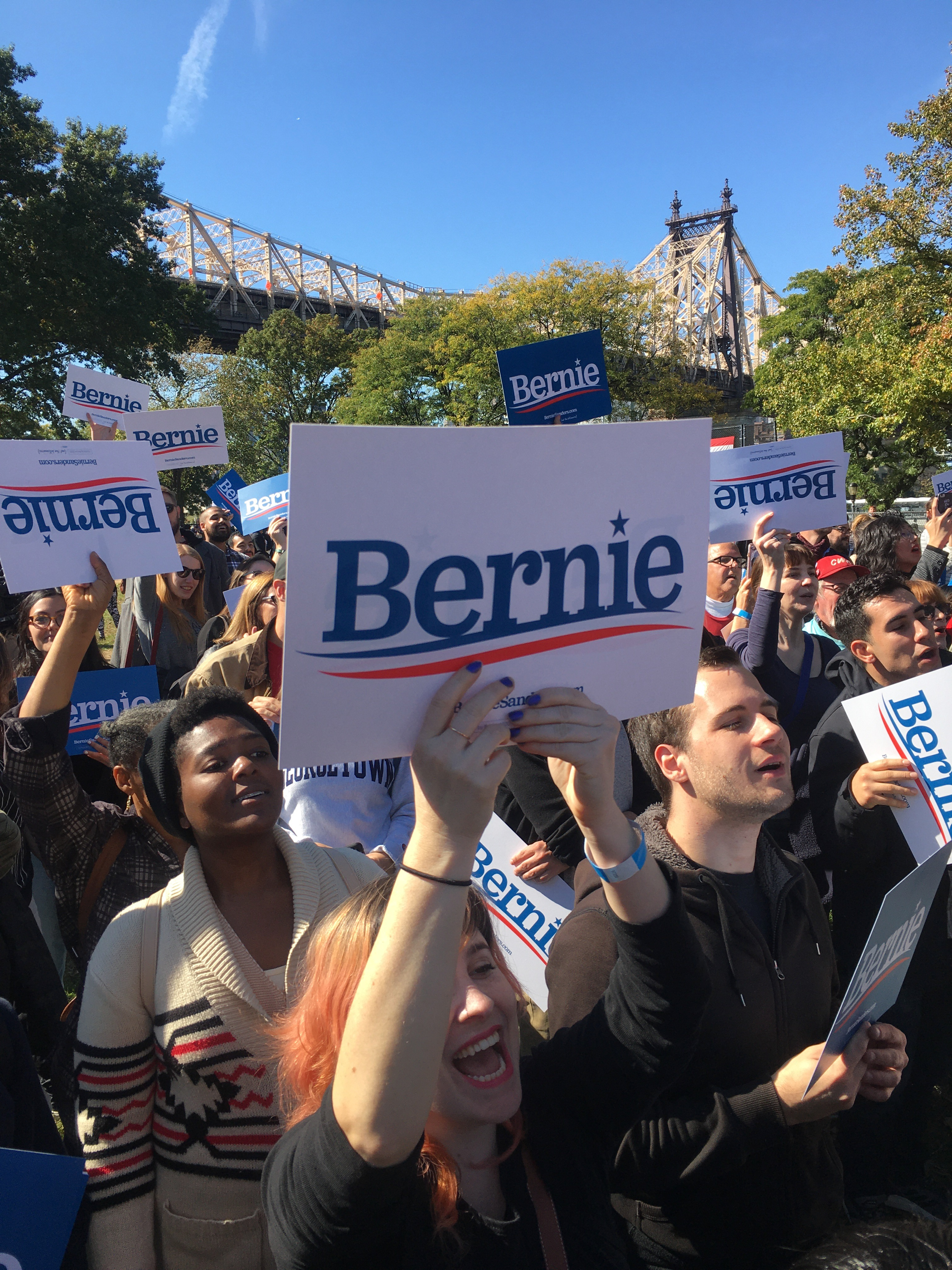 'Bernie's the Guy We Need,' Union Supporters Say as 26,000 Pack Queens Park to Cheer Sanders' Pro-Union, Pro-Worker Agenda